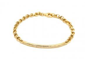 צמיד זהב עם לוחית דקה של יהלומים