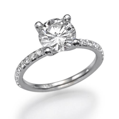 עיצובים של דיימונד ספינקס - טבעת אירוסין יהלומי צד